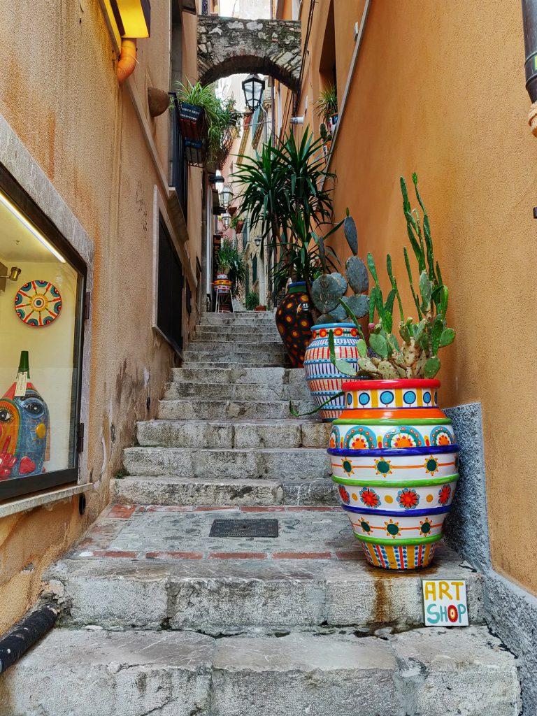 Kapea katu Taorminassa