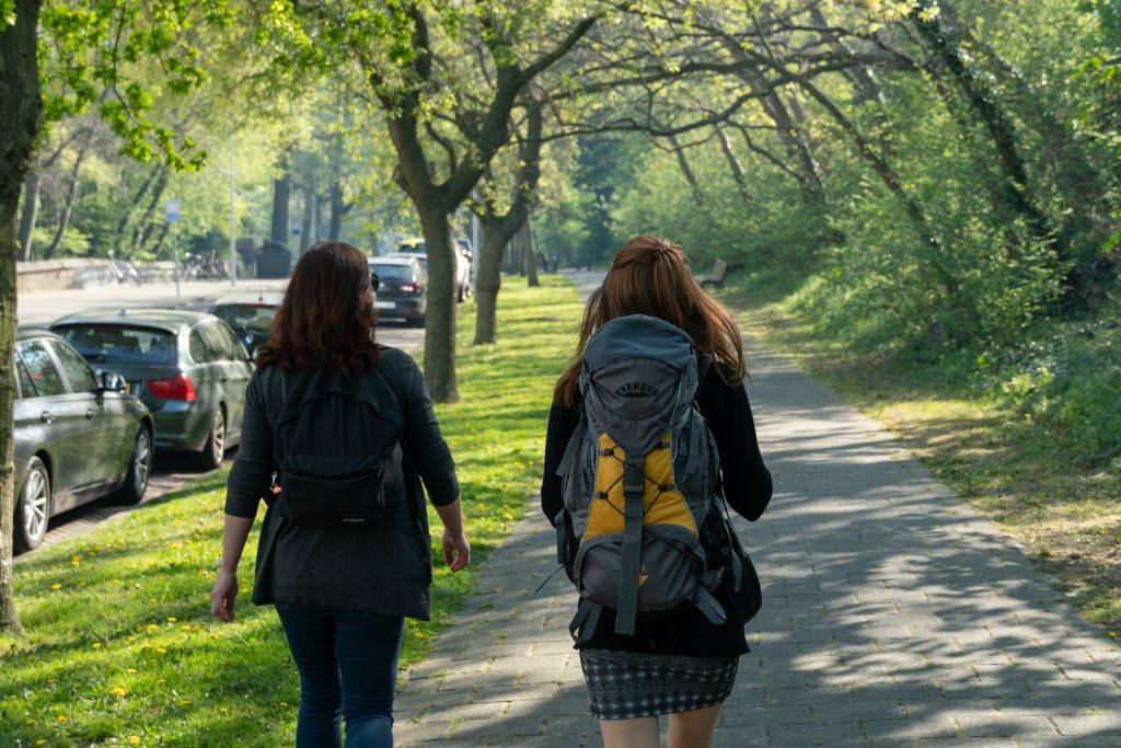 Äitin kanssa Haagissa puistossa