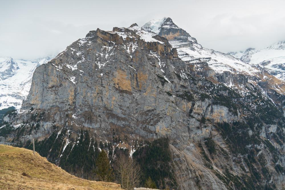 Ennen koronakaranteenia ehdimme onneksi käydä vuorilla, esimerkiksi Lauterbrunnenissa