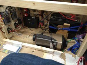 Diesel lämmittimen mallailua sähkölaatikkoon