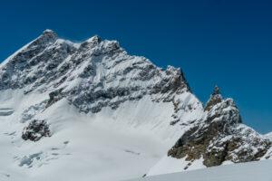 Jungfraujoch juna-asema alpeilla