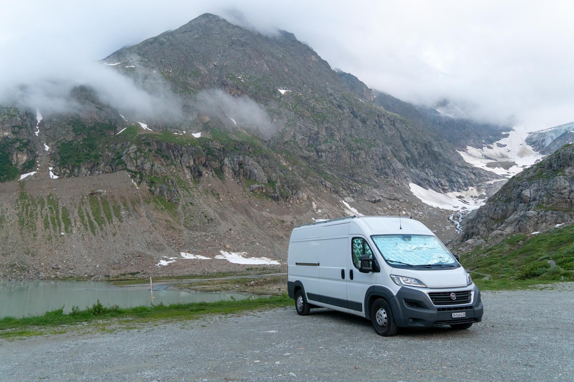 Reissupaku Sveitsissä